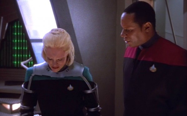 Star Trek: DS9 – Melora with Capt. Sisko